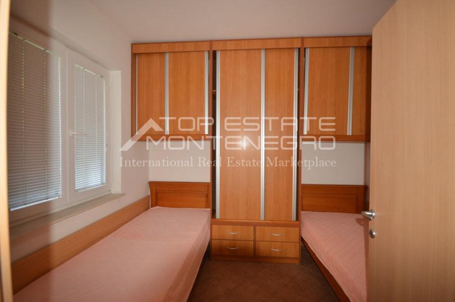 rn2401-lovely-ground-floor-apartment-baosici-5
