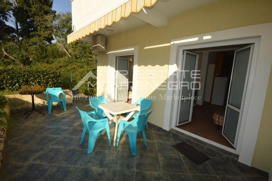 rn2401-lovely-ground-floor-apartment-baosici-9