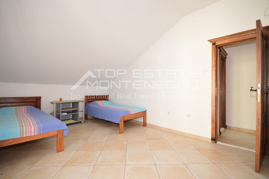 rn2403-practical-apartment-herceg-novi-16