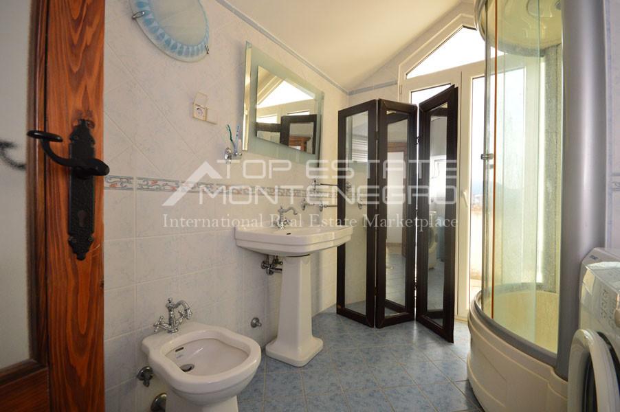 rn2403-practical-apartment-herceg-novi-11