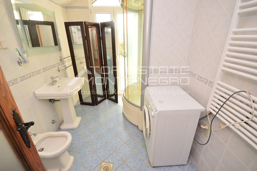 rn2403-practical-apartment-herceg-novi-12