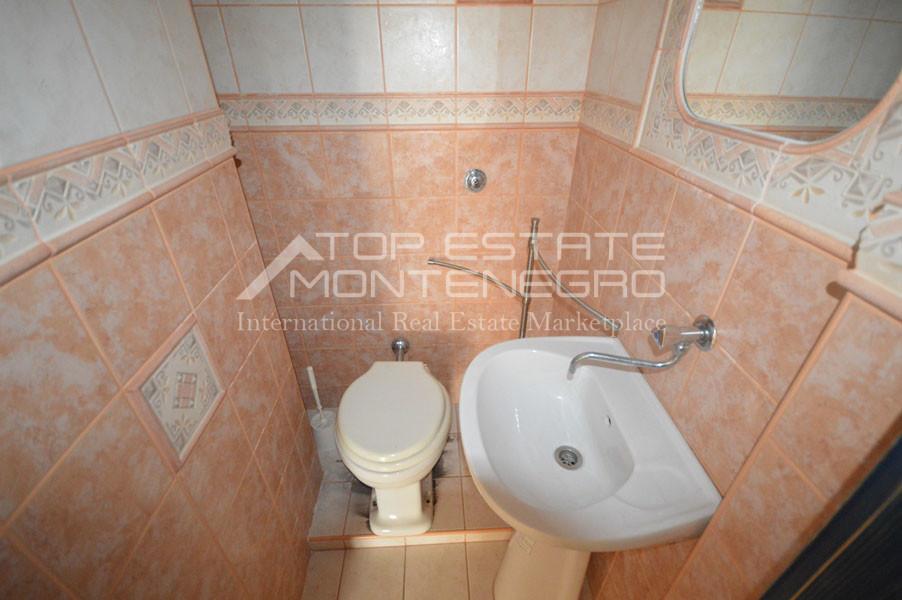 rn2403-practical-apartment-herceg-novi-15
