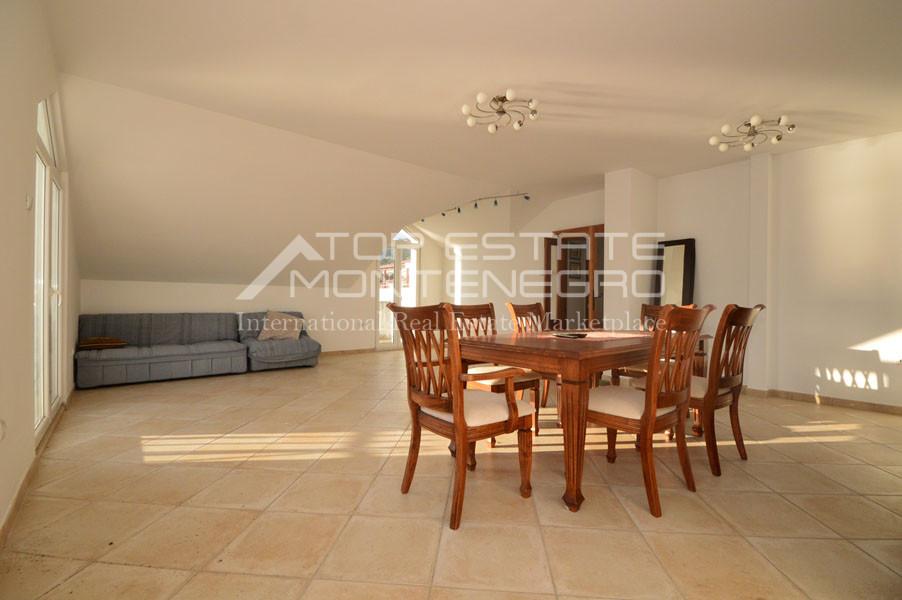 rn2403-practical-apartment-herceg-novi-3