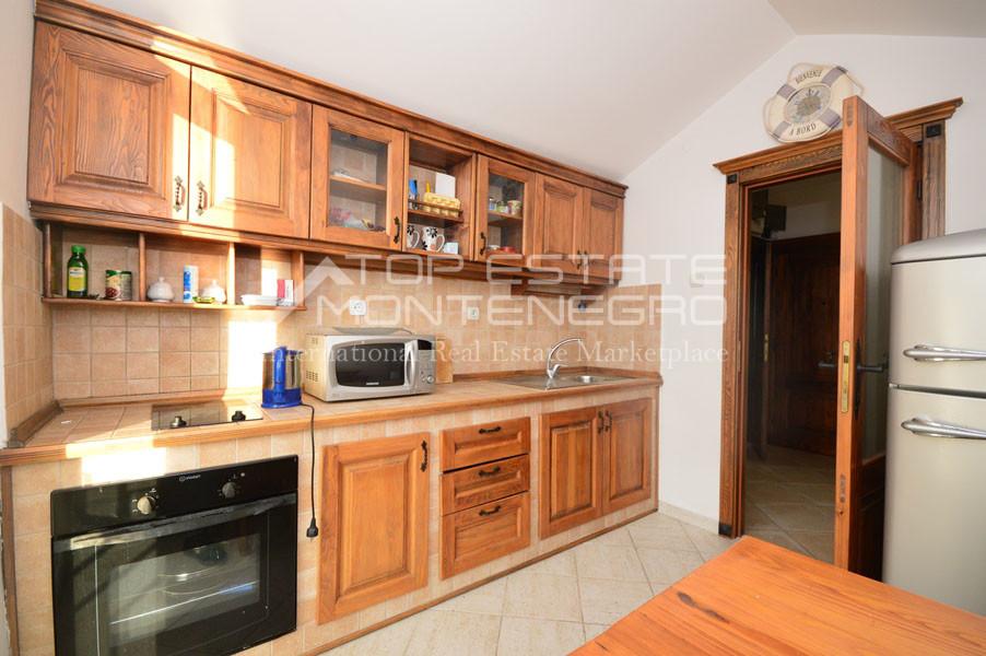 rn2403-practical-apartment-herceg-novi-5