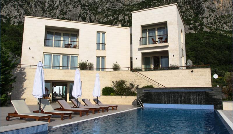 Exklusive neue Familienvilla Blizikuce, Budva-Top Immobilien Montenegro