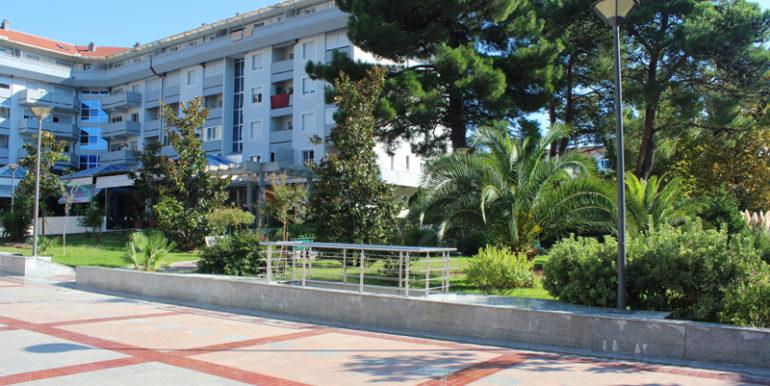 Привлекательная двухкомнатная квартира Центр, Тиват-Топ недвижимости Черногории