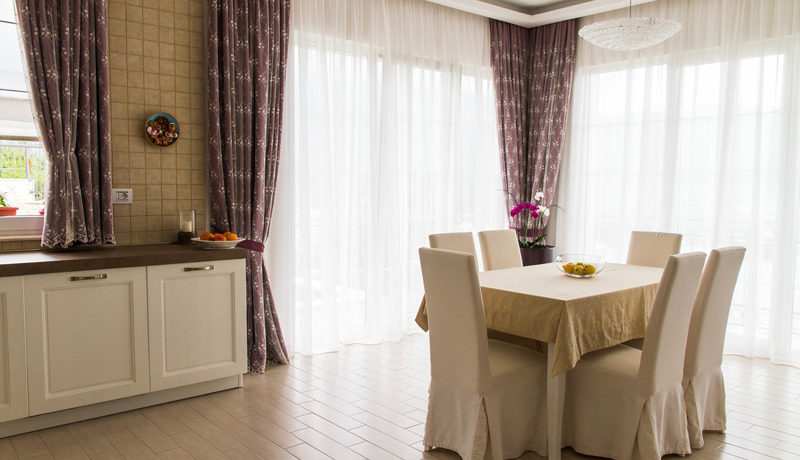 Attraktives Haus mit Swimmingpool Budva-Top Immobilien Montenegro