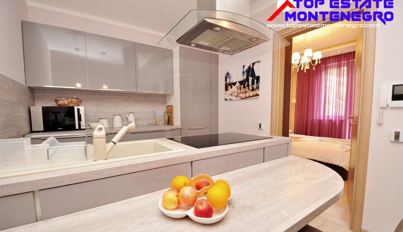 Роскошная квартира Бечичи, Будва-Топ недвижимости Черногории