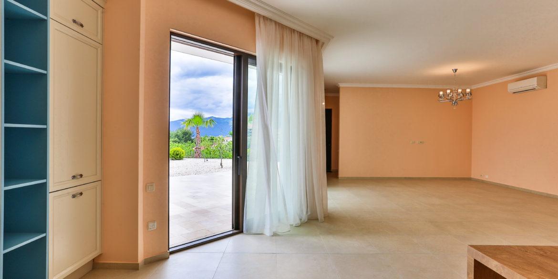 Nova kuća sa panoramskim pogledom na more Kava, Tivat-Top Nekretnine Crna Gora